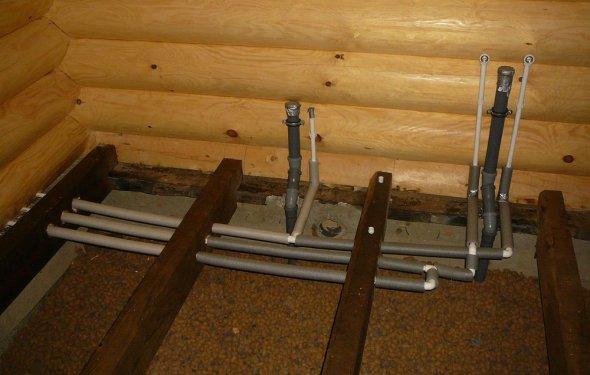 Санузел в деревянном доме: